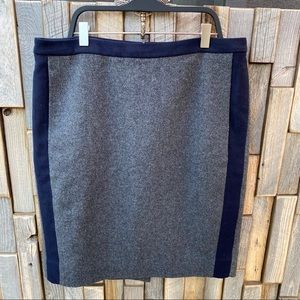 J Crew pencil skirt wool grey with navy size 6